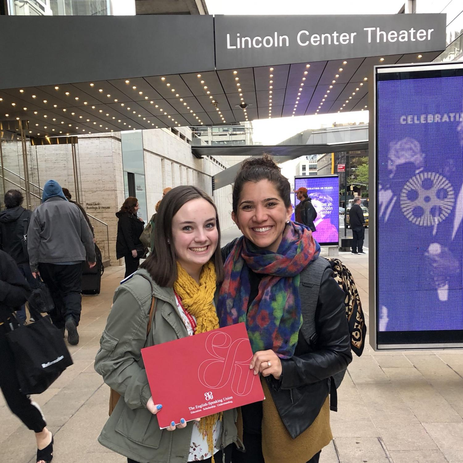 Katrina+Edwards+and+Mrs.+Dickstein-Hughes+at+the+Shakespeare+Competition+in+New+York+City+in+2019.+Edwards+will+return+to+New+York+for+the+national+competition+in+April.+